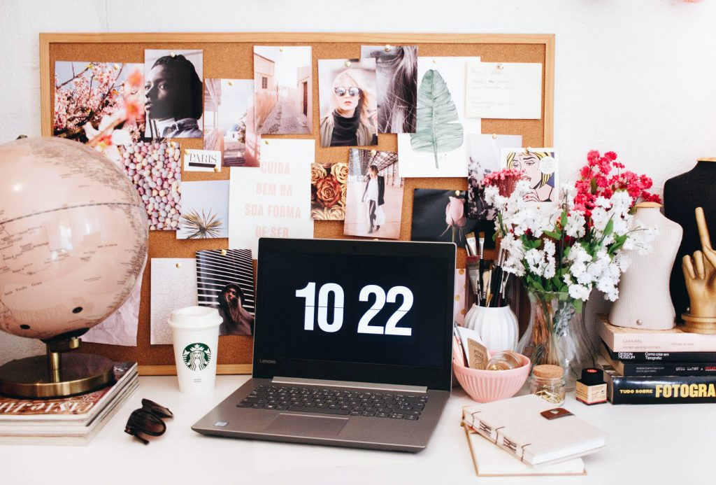 How to Start an E-Commerce Store | How to Start an Online Store |  How to Start Your Own E-Commerce Store | How Do I Create an Online Store? | How to Start and Run a Successful E-Commerce Business | The Ultimate Freelance Guide to Starting and E-Commerce Business